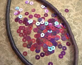 Vintage Sequins Strand PLUM PURPLE IRIS rainbow flat 4mm couture embellishments reddish purple Full Strand