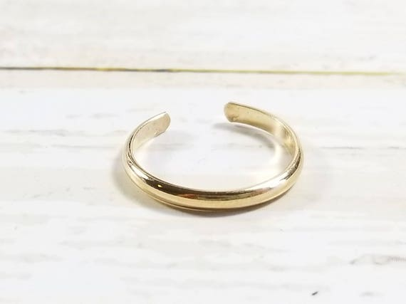Solid 14K Yellow Gold  Half Round Toe Ring