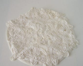 """Vintage Battenberg Lace 11"""" round pillow Wedding Ring Carrier"""