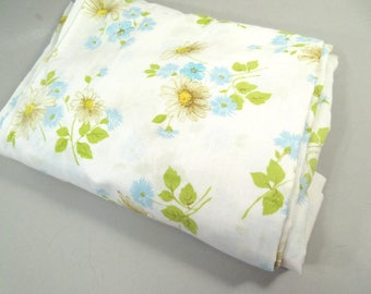 vintage queen flat sheet daisy sheet white and blue shabby chic bedding