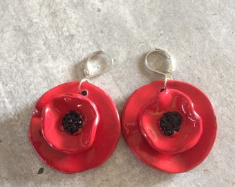 pair of earrings poppy collection