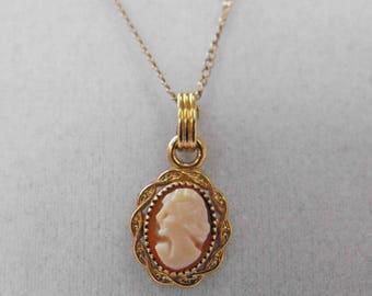 Vintage Cameo Necklace, Yellow Gold Filled, Tiny, ca 1960s NT-1396