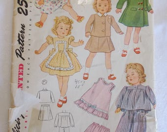 Simplicity 2538, Vintage 16 Inch Doll Clothes Pattern, Vintage 40s Baby Doll Clothes Pattern, Bitty Baby Pattern