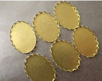 SALE 30% Off Scalloped or Lace-Edged 25X18mm Oval Brass Settings 6 Pcs