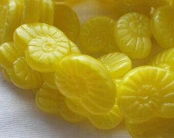 SALE 20% Off Lemon Yellow Translucent 13x17mm Glass Nautilus or Snail Beads 10 Pcs