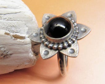 Black Onyx Ring Size 4 - 11 Argentium Sterling Silver Ring, Black Flower Ring, Tribal Ring, Onyx Jewelry, Metalsmith Ring, Silversmith Ring