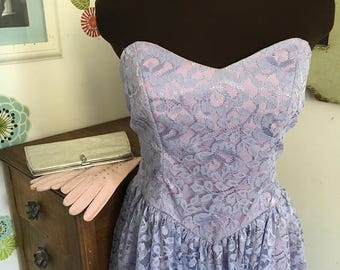 SALE Vintage Prom Dress, Lavender Lace Strapless Gown, Purple Party Frock, Sweetheart Neckline Easter Dress