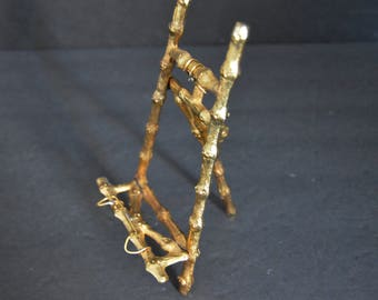 Small Ornate Brass Easel - Vintage Bamboo Table Stand for Wedding Signs, Pictures, Chalkboards - Art Display for Office, Desk, Kitchen