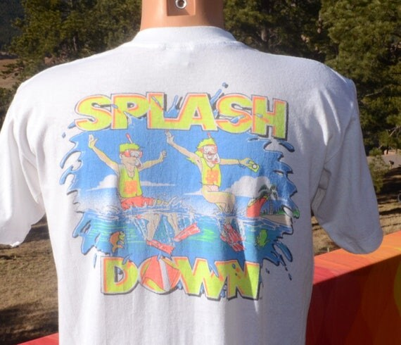 vintage t-shirt 80s SCUBA diving splash down cruise neon big red boat tee Large Medium soft thin