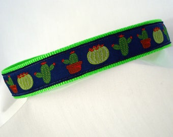 Saguaro Cactus - Medium Dog Collar - 1 Inch Wide - Adjustable Between 11-18 Inches - Navy Blue & Neon Green - Sonoran Desert - READY TO SHIP