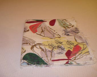 2 Pieces of Mid Century Barkcloth Fabric Remnant Pieces, Floral Print for Pillows, Tote Bags, Upholstery,