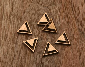 8 pcs Triangle Wooden  Cabochons  (WS 141)