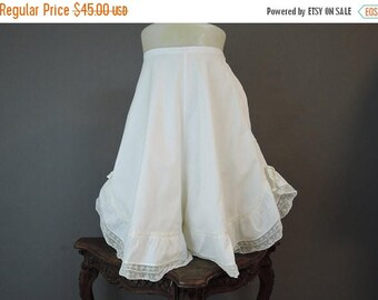 20% Sale - Vintage Edwardian Bloomers with Wide Legs, XS 23 waist, Antique Underwear Lingerie, 1900s 1910s