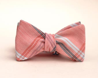 Americana bow tie // mens self tie bow tie // red, white, and blue plaid bow tie