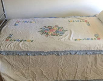 white chenille bedspread twin sized floral with center medallion and design over pillow ruffles on the - Chenille Bedspreads