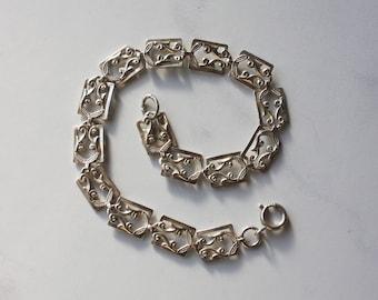 Vintage Danecraft Bracelet / 1940s Danecraft Sterling Link Bracelet / Dainty Danecraft Silver Bracelet