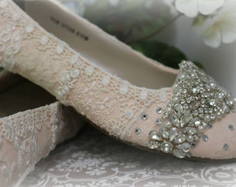 Blush Wedding Ballet Flats . Ballet Flats Wedding Shoes . Vintage Lace Bridal Flats . Sparkling Ballet Flats. Blush Bridal shoes.