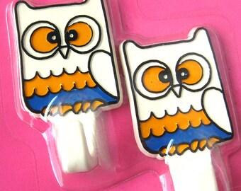 Vintage Novelty Wall Hooks / Owls Hooks / Self Adhesive Hooks / Kid's Room / Retro Decor / Retro Nursery / Dead Stock / NOS in Package