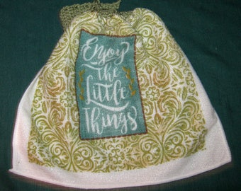 One Kitchen Crochet hanging Towel Enjoy the Little things, sage green top