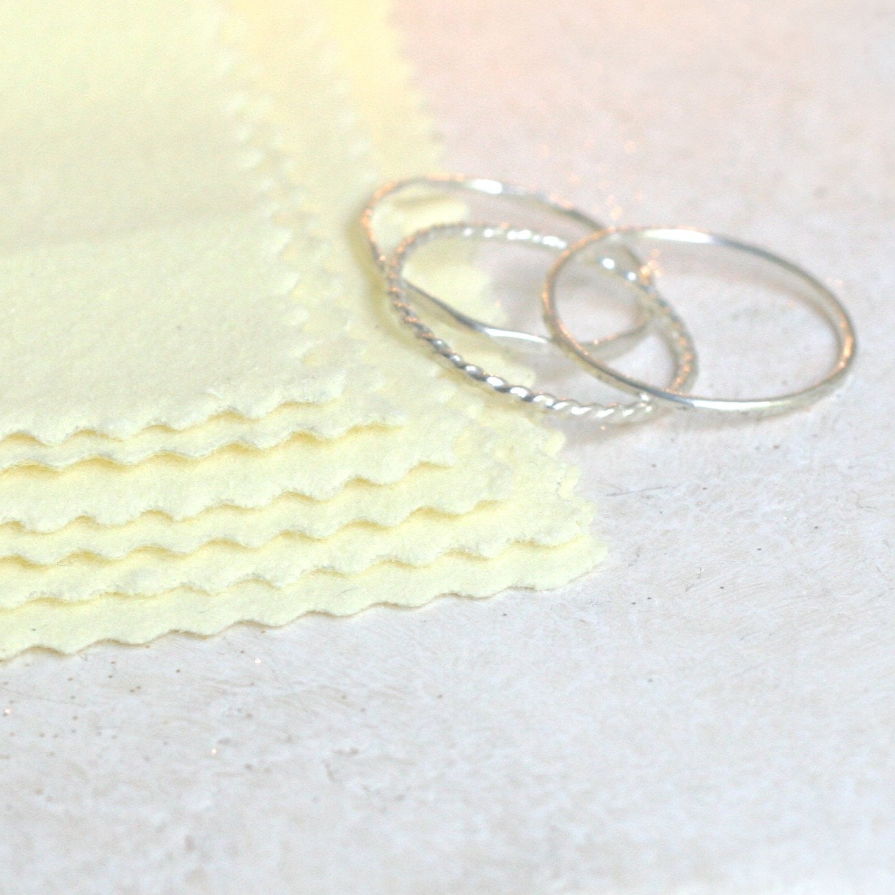 how to clean jewelry polishing cloth