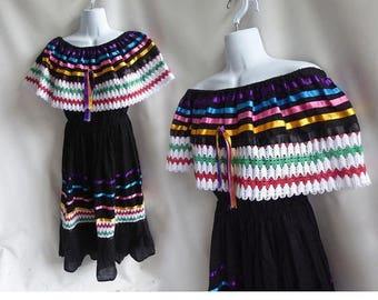 Vintage Mexican Huichol Dress Size M L Black cotton Tribal Hippie Boho 70s