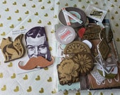 Paper Craft Inspiration Kit - Basic Gray - Chipboard Die Cuts - Simple Stories - Journaling Cards - DAPPER FOX