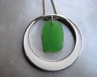 Kelly Green Sea Glass - Sea Glass Pendant - White Circle Pendant - Beach Glass Jewelry - Reversible Pendant - Silver Circle Pendant