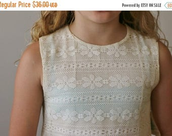 ON SALE Deadstock, 1960s Lace Shift Dress >>> Size 10/12 (Girl's)