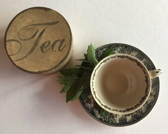 Primitive Tea Room Box