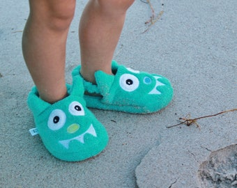 Yikes Twins Children's Monster slippers