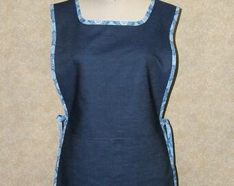 Denim cobbler apron blue bandana trim cotton 2 deep pockes topstitched unlined blue black white tunic crafting cover up