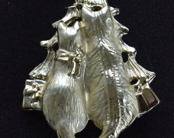 Cat Christmas Tree Brooch, Pin, Vintage, Gold tone (TB237)