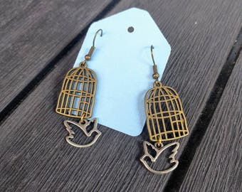 Fly free little earrings