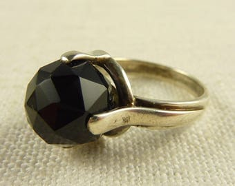 Size 7 Vintage Sterling Faceted Onyx Ring