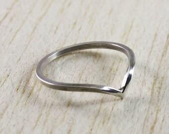 Silver Chevron Ring, Silver Wishbone Ring, Simple Ring, Thin Wishbone Ring, Silver Stacking Ring, Pointed Silver Band, Skinny Stacking Ring