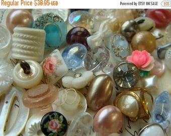 ONSALE 60 Gorgeous Antique Buttons Roses Vintage Glass Buttons Rhinestone Wedding Button Jewelry Collection Lot N0 16