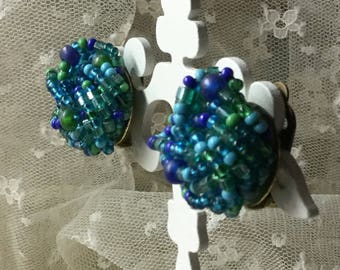 Blue Green Twisted Wired Seed Bead Earrings Unsigned Clip On 1940's 1950's Gold Tone Metal Round Day Wear Clustered Beads Powder Blue