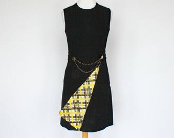 60's Mod Mini Dress / Navy Blue / Yellow Plaid Panel / Sleeveless A-Line / XSmall