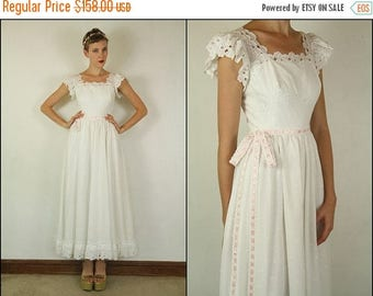 SUMMER SALE Vintage 70's Wedding Floral Eyelet Embroidered Hippie Boho Preppy Flared Ribbon White Dolly Tiered Maxi dress XS S