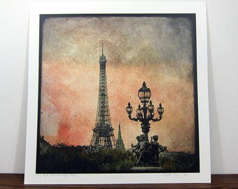 Angels La Tour Eiffel - digital photo 30 x 30 cm - signed and numbered