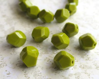 Chartreuse green faceted Czech glass beads nuggets 10mm
