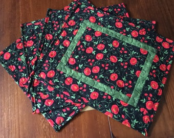 Poppy Quilted Placemats, Black Red Poppy Placemats, Placemats Set of 4