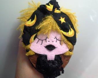 Felt Brooch Portrait Art Doll Jenny Moonlight