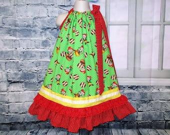 Girls Dress 4T/5 Red Green Elf Cookies Pillowcase Dress, Pillow Case Dress, Sundress, Boutique Dress