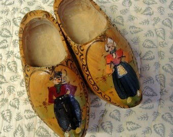 Hand Painted Dutch Wooden Shoes - Child size  6 3/4 Inches Wooden Shoes - Vintage Wooden Shoes