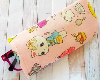 Soft Eyeglass Holder Retro Pink Kitty White Lightweight Eyeglass Case Japanese Fabric Cute Paper Doll Style Eyeglasses Case for Sunglasses