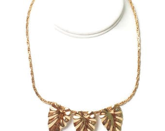 Gold Tone Three Leaf Necklace Choker 17 Inches Woven Chain Vintage