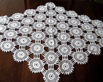 Tablecloth Vintage Crochet WHITE Crocheted Cotton Granny Circles GIANT DIAMOND Lace
