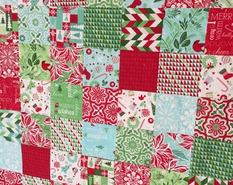 """Christmas quilt, patchwork, Christmas gift, Christmas, quilt, quilts, keepsake gift, baby's first Christmas, 40""""x51"""", holiday quilt"""