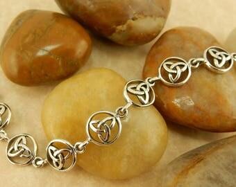 Sterling silver vintage Celtic Trinity Knot link bracelet, Irish